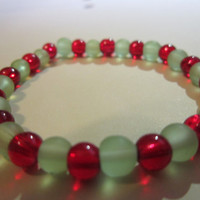 Christmas Red and Green Glass Bead Bracelet
