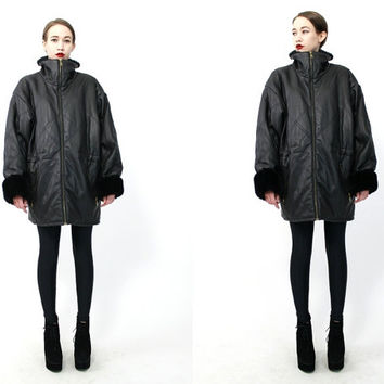 Vintage 90s Black Vegan Structural Quilted Oversized Jacket S M L