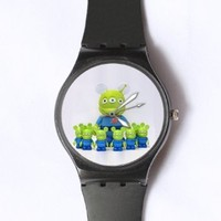 Custom TOY STORY Little Green Man Watches Classic Black Plastic Watch WT-0831