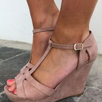 Point & Rose Wedges: Blush