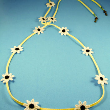 Black Daisy/Yellow Suede Band