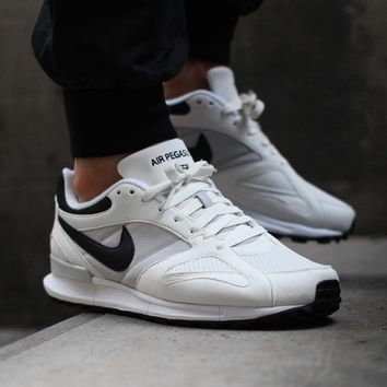 NIKE AIR PEGASUS NEW RACER (SUMMIT WHITE / BLACK - NEUTRAL GREY - WHITE)