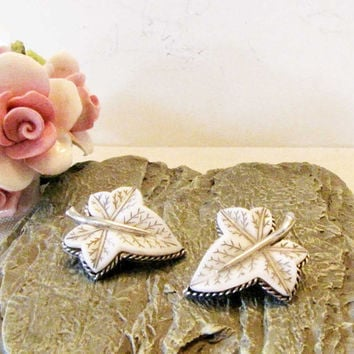 Silver Leaf Pearl Etched Clip on Earrings Silver Design vintage Clip on Earrings