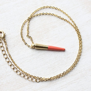 Coral Dipped Spike Necklace in Matte Gold