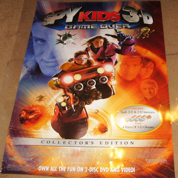 Spy Kids 3-D Game Over 2003 Movie Poster 27x40 Used Selena Gomez, Salma Hayek, George Clooney, Elijah Wood, Danny Trejo, Bill Paxton, Sylvester Stallone, Antonio Banderas, Cheech Marin
