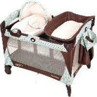 Graco - Newborn Napper Pack 'n Play Playard, Broadstreet