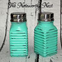 Aqua Salt and Pepper Shakers // painted salt and pepper shakers // vintage look salt and pepper shaker // S&P shaker