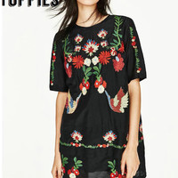 2017 Summer Women Floral Embroidery Dress Short Sleeves Black Floral Embroidered cotton Dress Mini Party Dresses