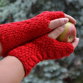 Knitted mittens/gloves