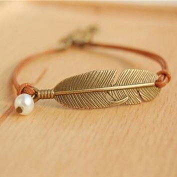 Vintage Boho Style Copper Feather Leather & Pearl Bracelet