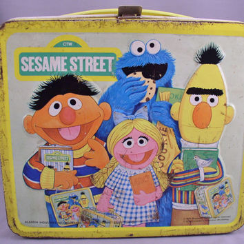 1979 SESAME STREET Lunch Box - All Metal Aladdin Box Featuring the Muppets -  Vintage Collectible