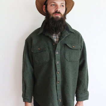 Vintage 80s Men's Green Woolrich Button Up Jacket // Medium Large
