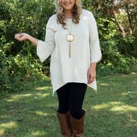 Curvy| Buttons On The Side Top - Oatmeal