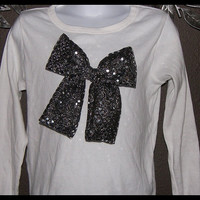 Sparkle 3 D Bow by joyshinedesigns on Etsy