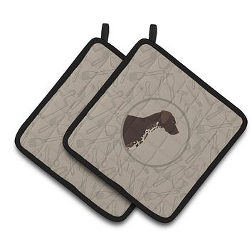German Shorthaired Pointer In the Kitchen Pair of Pot Holders CK2188PTHD