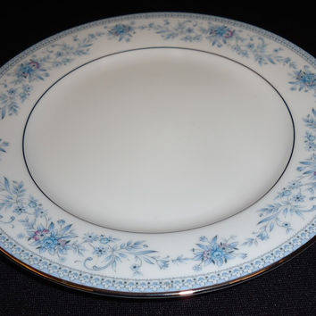 Noritake Salad Plate 8 1/4in Floral Contemporary 2482 Blue Hill Vintage China -- Used