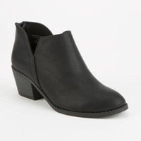 DCK7YE SODA Side Notch Girls Booties | Boots