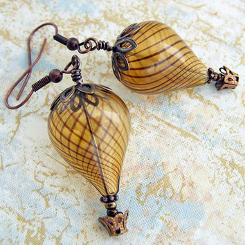 Hot Air Balloon Earrings Steampunk balloon by ElainaLouiseStudios