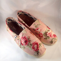 Shabby Chic TOMS