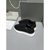 Alexander Mcqueen's world-class classic leather casual shoes all black