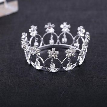 CREYIJ6 2017 Real Direct Selling Trendy Zinc Alloy Tiaras Mini And Rhinestone Round Tiara Crown For Newborn - Baby Photo Prop