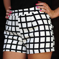 Keep In Checkmate Shorts: Black/White | Hope's