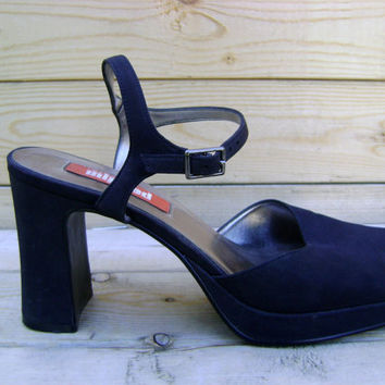 90s Chunky Heel Shoes Vintage Unlisted Strappy Club Kid Grunge Shoes Size 9 1/2 Minimalist Black Pumps 1990s Revival Goth Shoe Hipster Boho