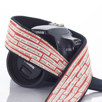 038 Camera Strap Rosebud Happy Thoughts