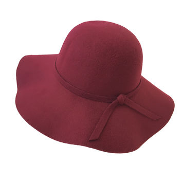 Seasoned Floppy Hat In Burgundy