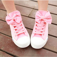 A 082606 aaa High Help Lovely Bowknot Canvas Shoes from MegaFashion