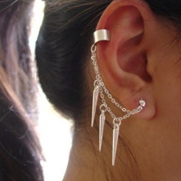 Double Chain Spiked Ear Cuff