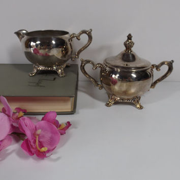 Silver plated tea or coffee set of creamer and sugar bowl. Great for any occasion and every day. Home decor. Kitchen decor.Table serving.