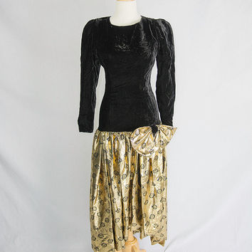 Black Friday Sale *** Vintage Bubble Skirt Prom Dress Black & Gold Polka-dot Velvet Drop Waist