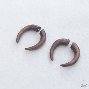 Tribal Fake Gauge Wood Earring, Double Talons Half Spiral Fake Taper Earrings, Handmade Spiral Wooden Earring