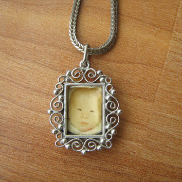 Vintage Sterling Silver Miniature Picture Frame Pendant Necklace