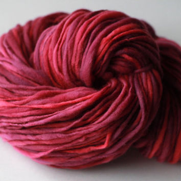 Gentle Thick and Thin Handspun Merino Wool Yarn - Single Ply Aran Weight - Tonal Pink and Purple
