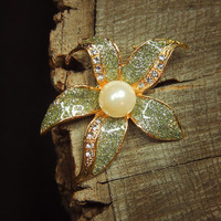 Singapore Orchid Brooch #5202