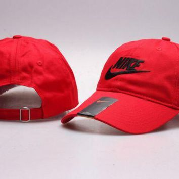 ONETOW Red Nike Letter Print Baseball Cotton Cap Hat