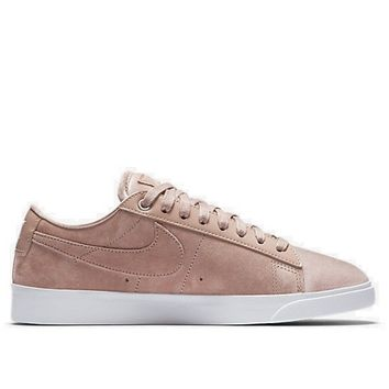 Nike Women Blazer LX (Silt Red)