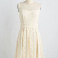 Chantilly Sweetheart Dress in Ivory