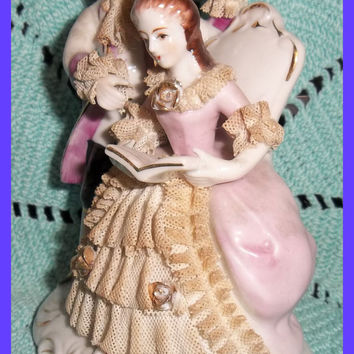 Dresden Lace Fine Porcelain Lady Gentleman Couple Figure Gilt 1950s Victorian Reading Book