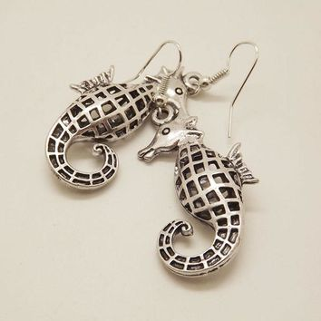 EQ021 Unique Tibetan Silver Hollow Out Carved Animal Elephant Drop Dangle Fashion Vintage Earrings For Women Gift Jewelry EQ093  55mm x 20mm