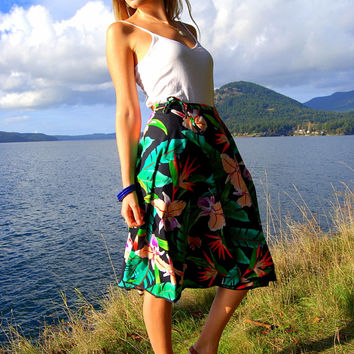 Floral Cotton Wrap Skirt w/ Orchids, Birds of paradise & Green Palms // Rich Vibrant Colors // Hawaiian Style Island Paradise Summer Skirt