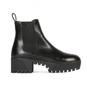 Cleated Chelsea Boots Black