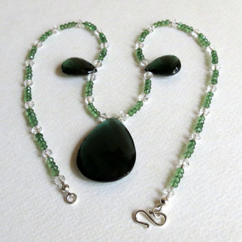 Necklace in Green Quartz with Clear Quartz and Sterling Silver, Statteam