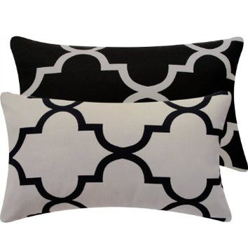 Chloe & Olive Ying and Yang Collection Quatrefoil Geometric Reversible Lumbar Pillow Cover, 12 by 20-Inch, Black and Gray