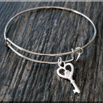 Silver Key Charm Expandable Bangle Bracelet, Adjustable Bangle Bracelet, Stacking Charm Bracelet, Skeleton Key Bangle, Heart Key Charm