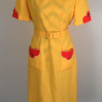 Yellow Dress with Orange Pockets - Henry Lee Petites Size 8 - Union Made with Shoulder Pads - Vintage 1960s