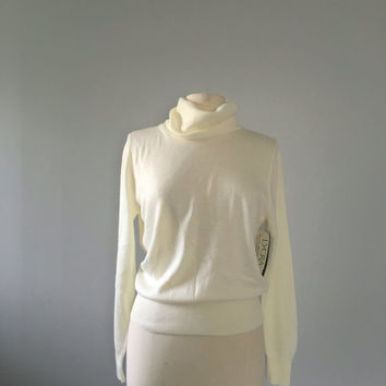 Vintage Cashmin cowl neck sweater / Cream off white turtleneck sweater / 70s sweater turtleneck pullover jumper dead stock Soft cozy sweater