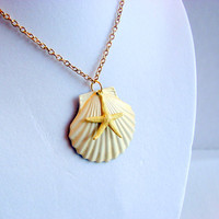 Scallop Shell and Starfish Charm Necklace - Large - Vintage White and Pale Yellow - Hand Painted Patina - Brass - Ocean Beach Sea